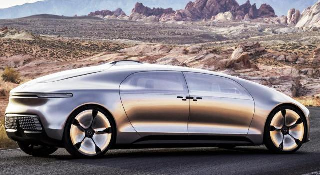 mercedes-benz_luxury_in_motion_03