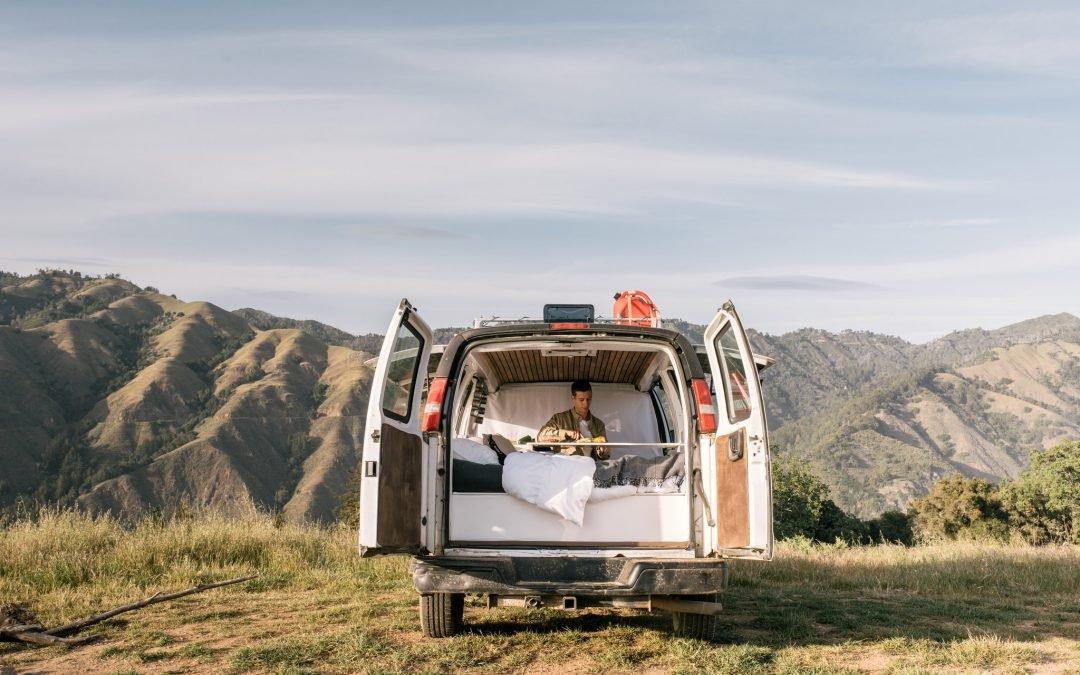 Viajar en furgoneta: 14 cosas imprescindibles que no debes olvidar para tu viaje