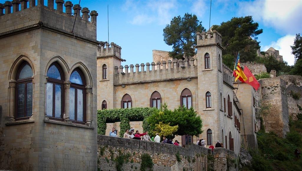 castell-1-1024x580
