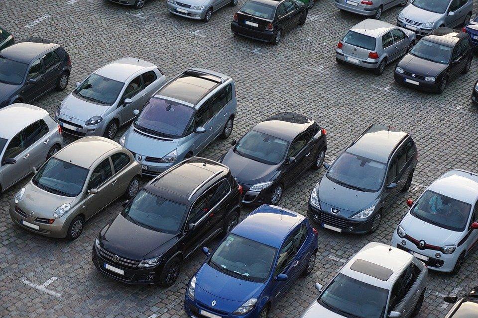 Consejos para aparcar tu coche sin agobios