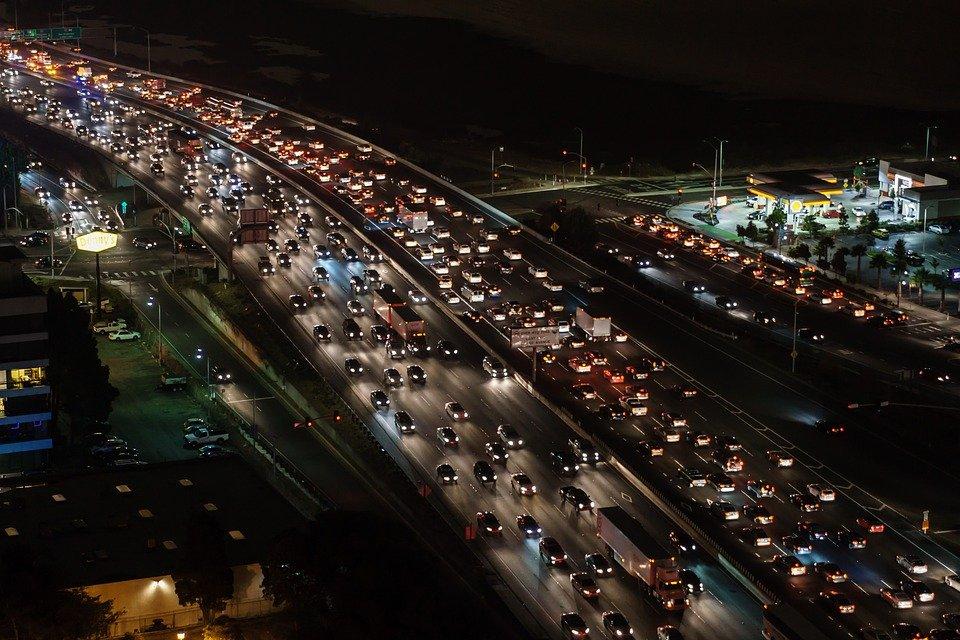 Cómo evitar atascos de tráfico en vacaciones