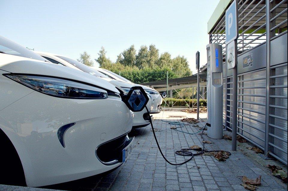Claves para recargar tu vehículo eléctrico