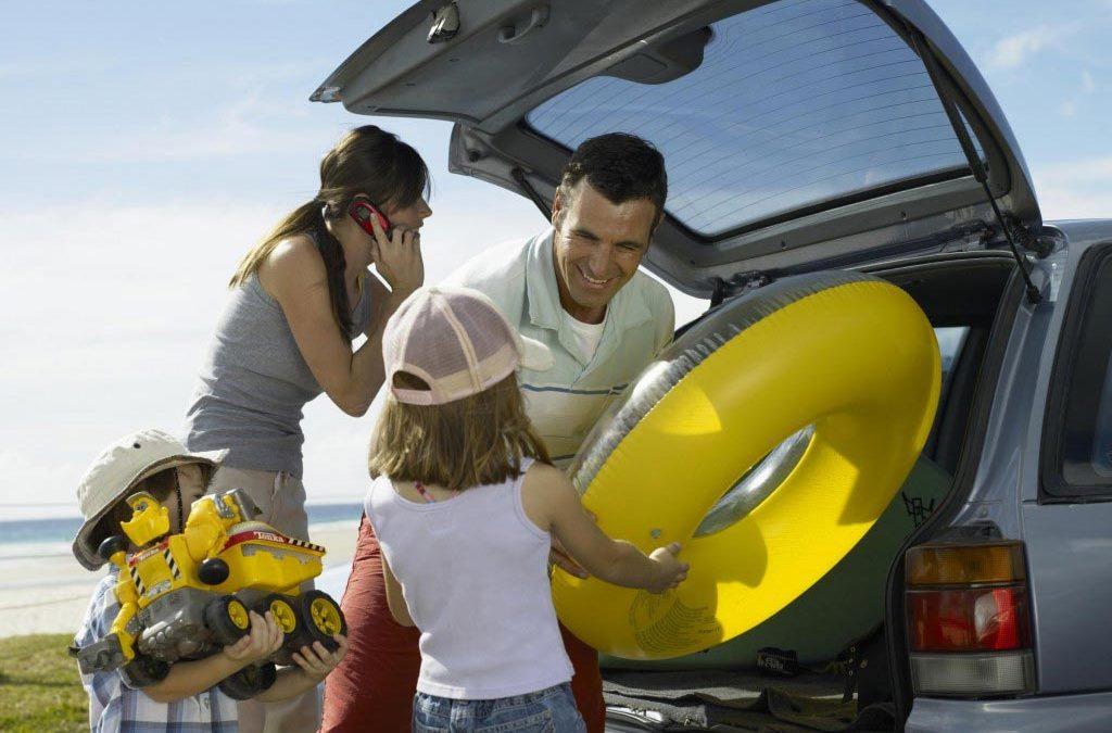 Alquilar un coche en vacaciones: ¿Por qué hacerlo?