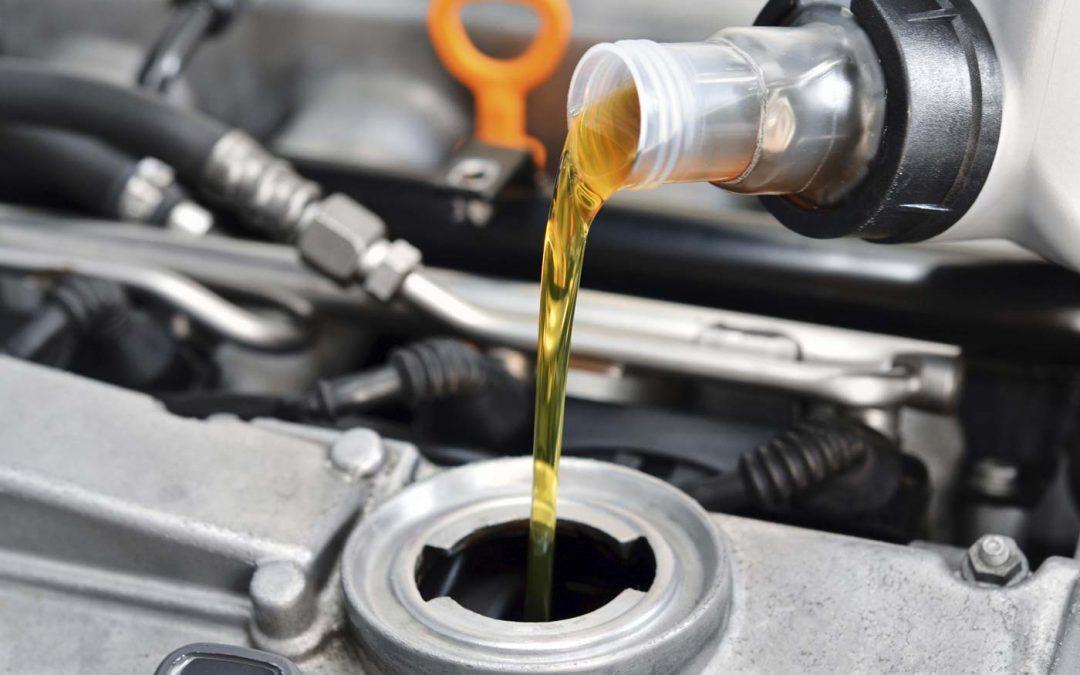 Cómo cambiar el aceite y el filtro del coche sin estresarse