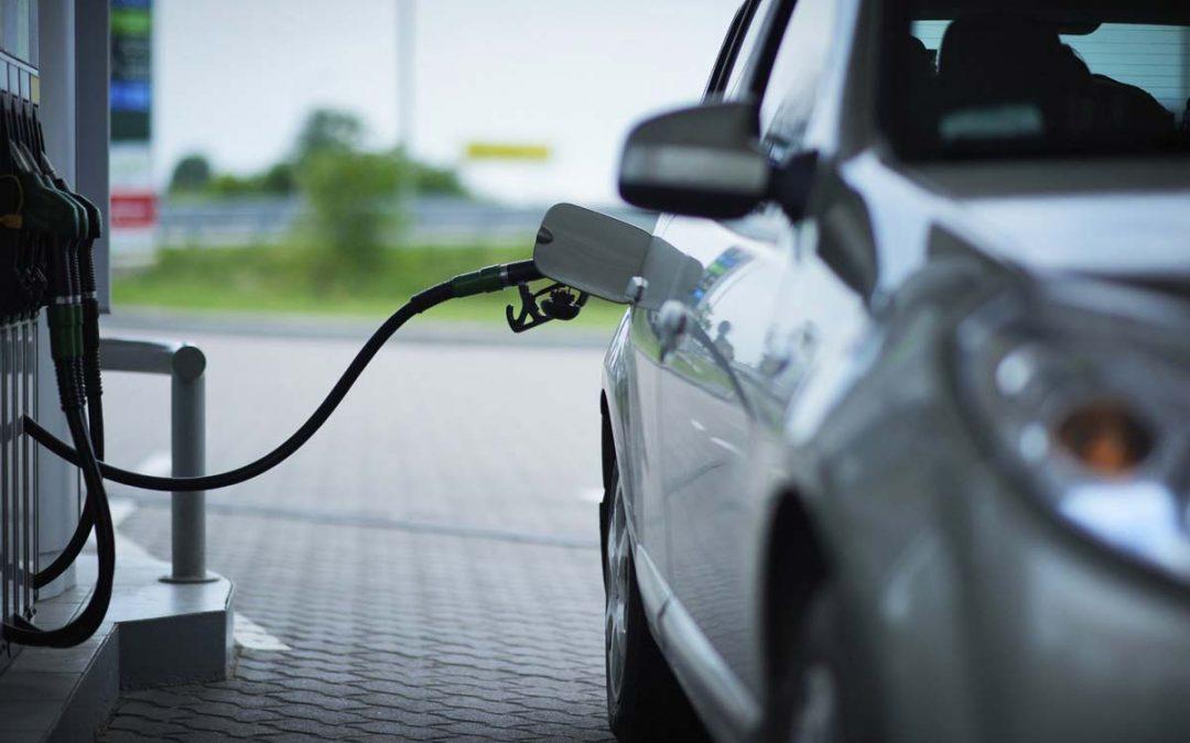 Cómo repostar gasolina: Trucos que te ayudarán a ahorrar