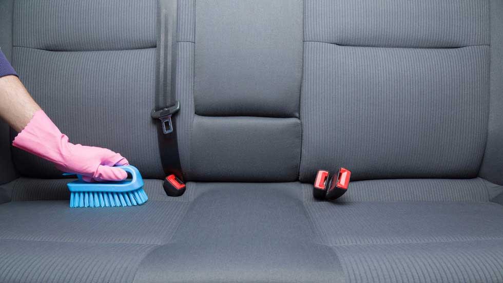 Cómo desinfectar tu coche: ¡Toca limpieza a fondo!