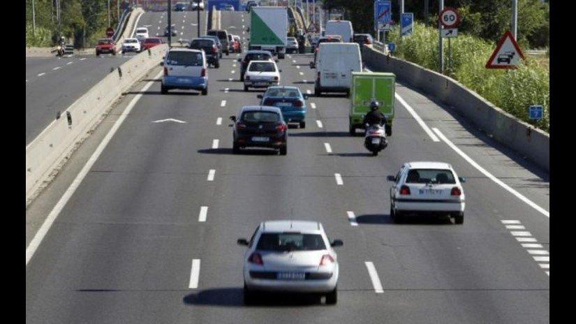 Galones de tráfico: ¡Mantén las distancias en carretera!